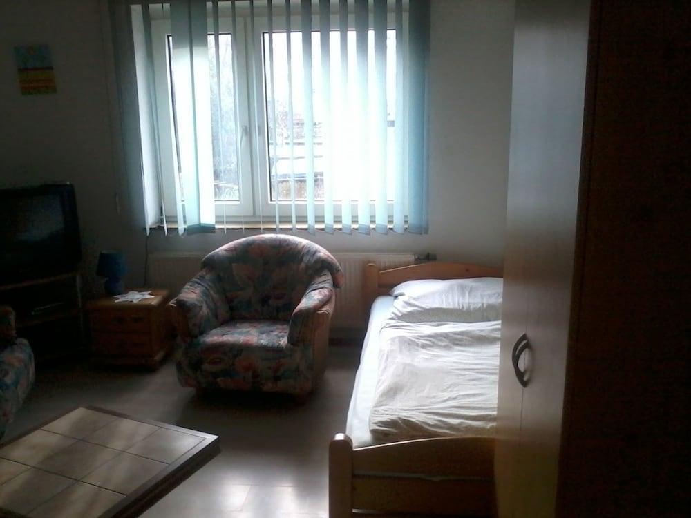 Apartment Schlangenwallstrasse