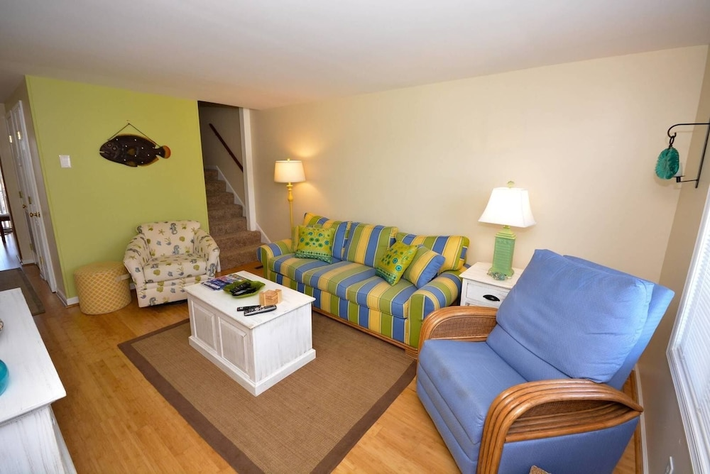 Bay Cove 52 - 2 Br Townhouse