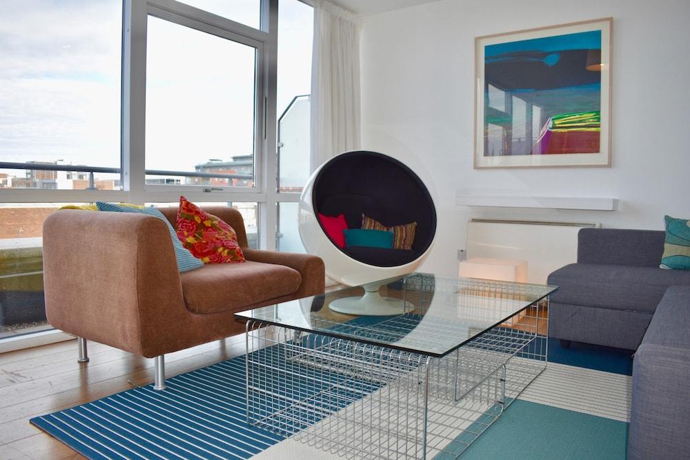 Central Dublin 1 Bedroom Apartment
