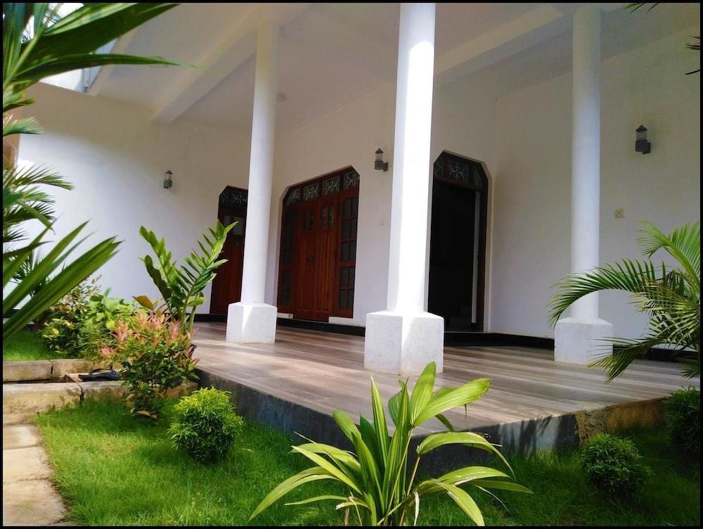 Silver Sand Villa Dambulla