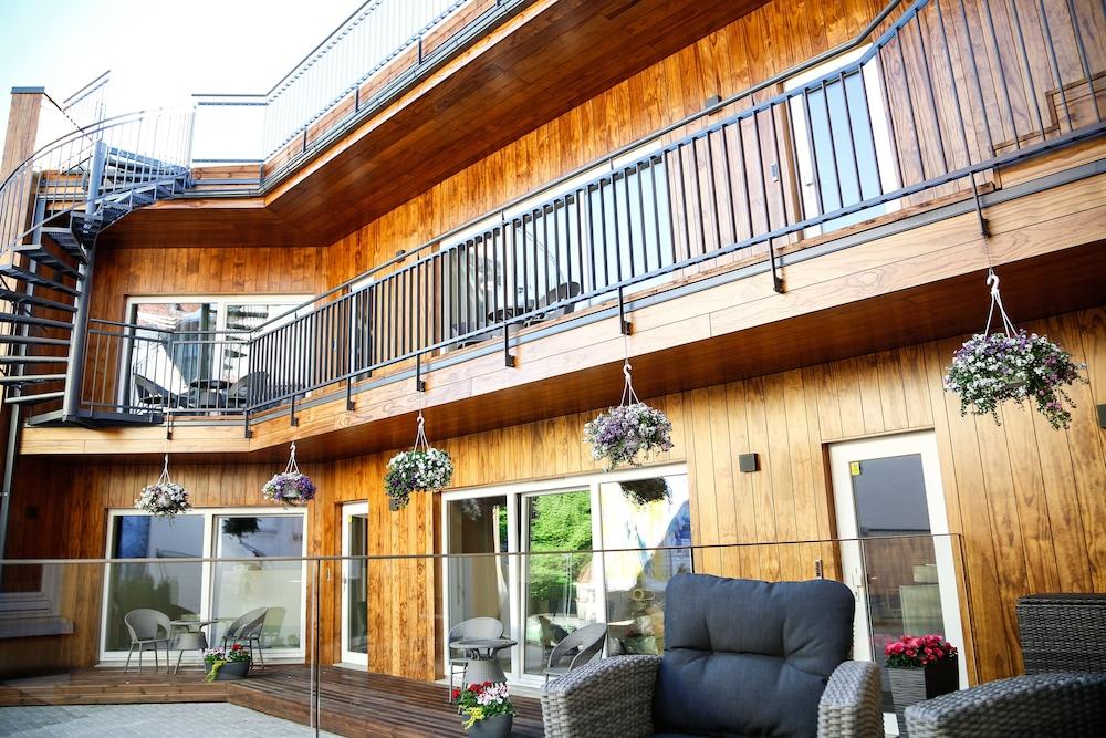 Donhoff Residence