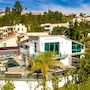 Hollywood Estate With Stunning Views photo 19/41