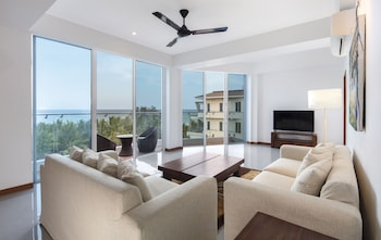 CASAMIA Oceanfront Condo Nilaveli (1076990432) photo
