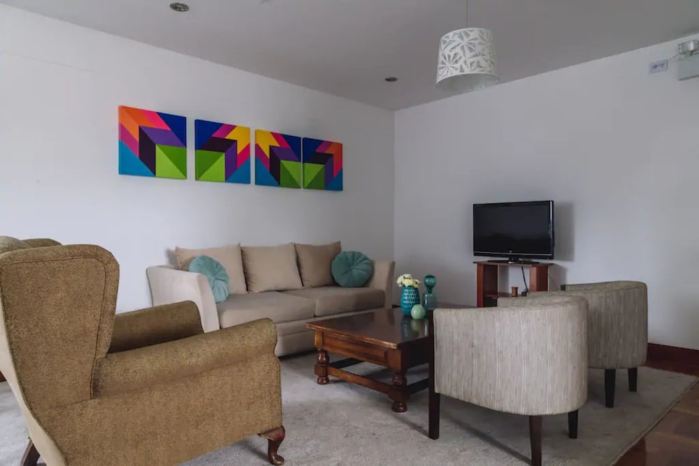 Nice And Cozy Apt In Miraflores Near The Malecon