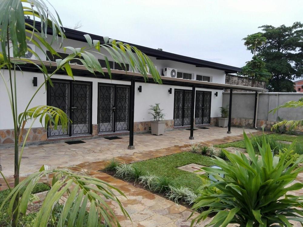 Urban Lodge