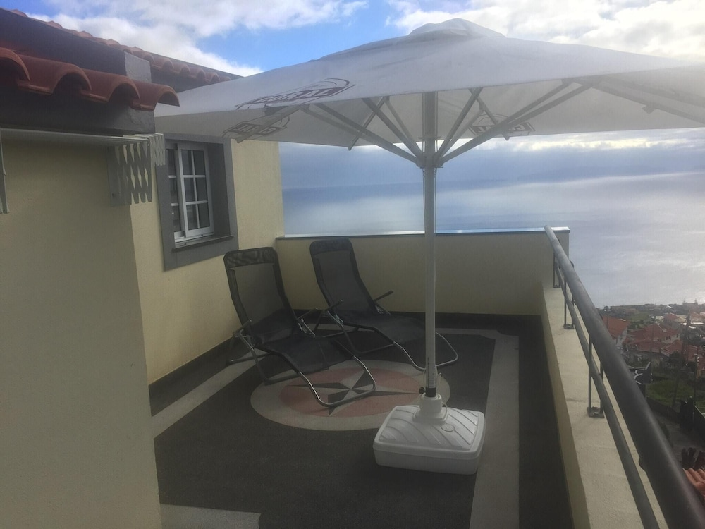 House With one Bedroom in Gaula, With Wonderful sea View, Enclosed Gar
