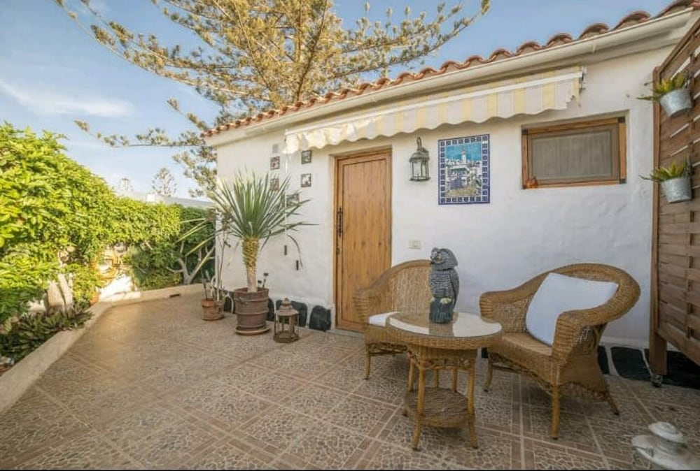 House With one Bedroom in San Bartolomé de Tirajana, With Pool Access