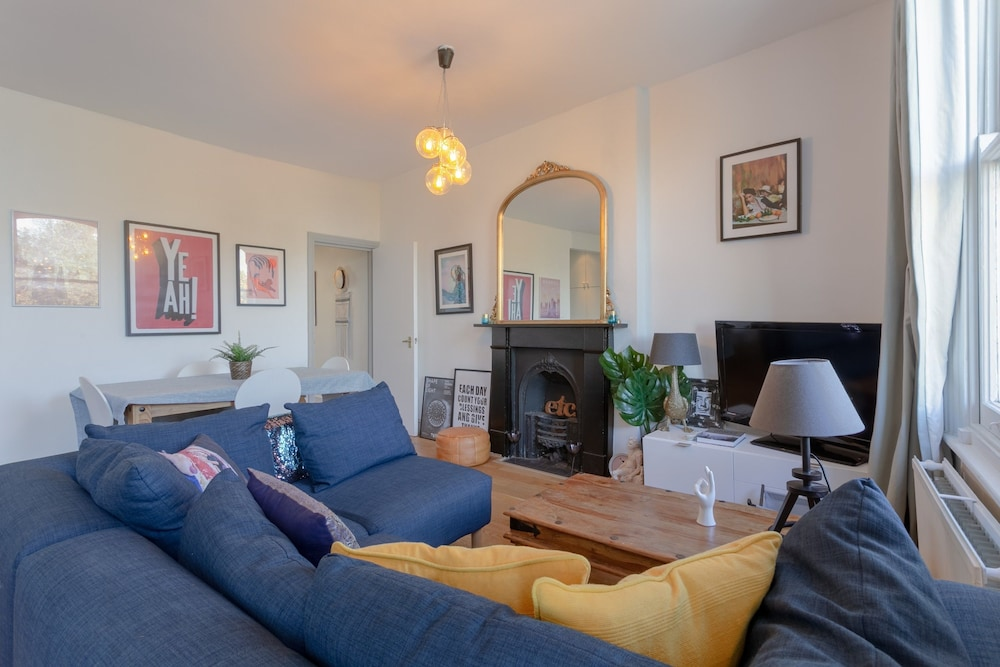 Lovely 1 Bedroom Flat Next to Clapham Common Tube