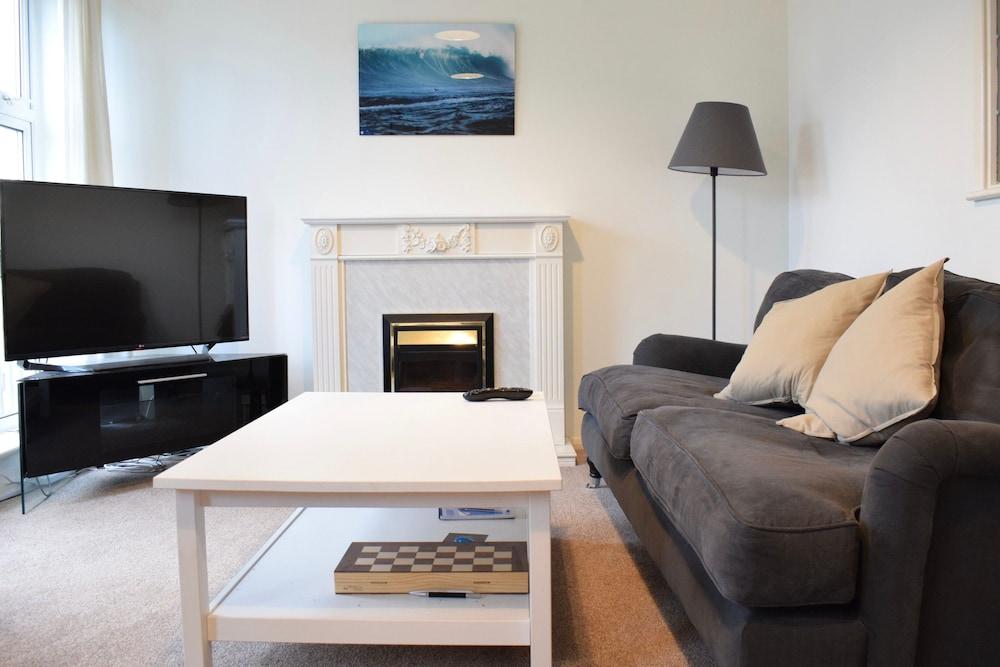 Modern 1 Bedroom Apartment Near London Bridge