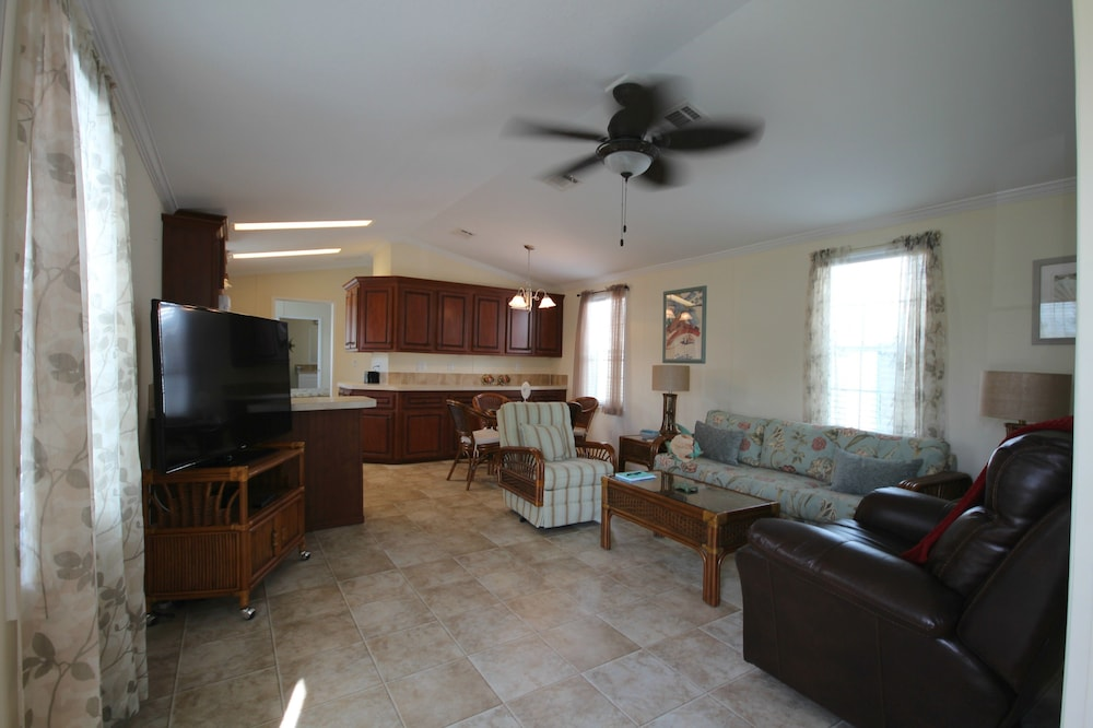 56 Oyster Bay Lane 2 Bedrooms 2 Bathrooms Home