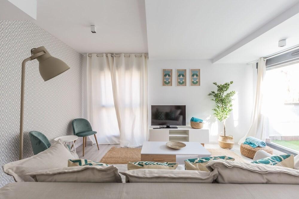 Horoko Apartments