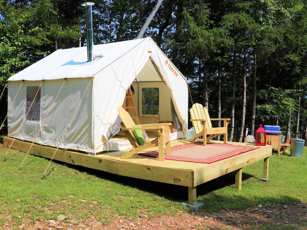 Tentrr - Yeti Mountain Camp