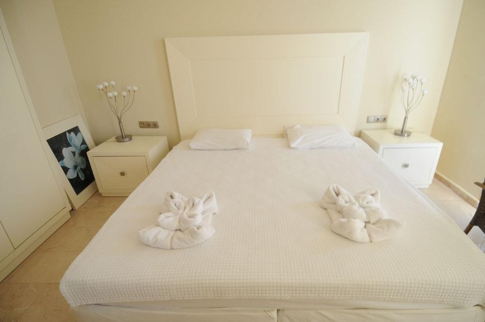 Gold City 3 Bedroom Villa 3