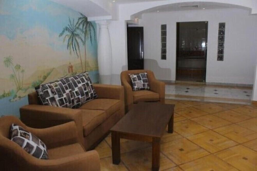 Galaxy Royal Suites Hotel