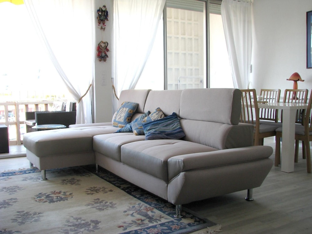 Apartment With one Bedroom in Toulon, With Wonderful sea View, Furnish
