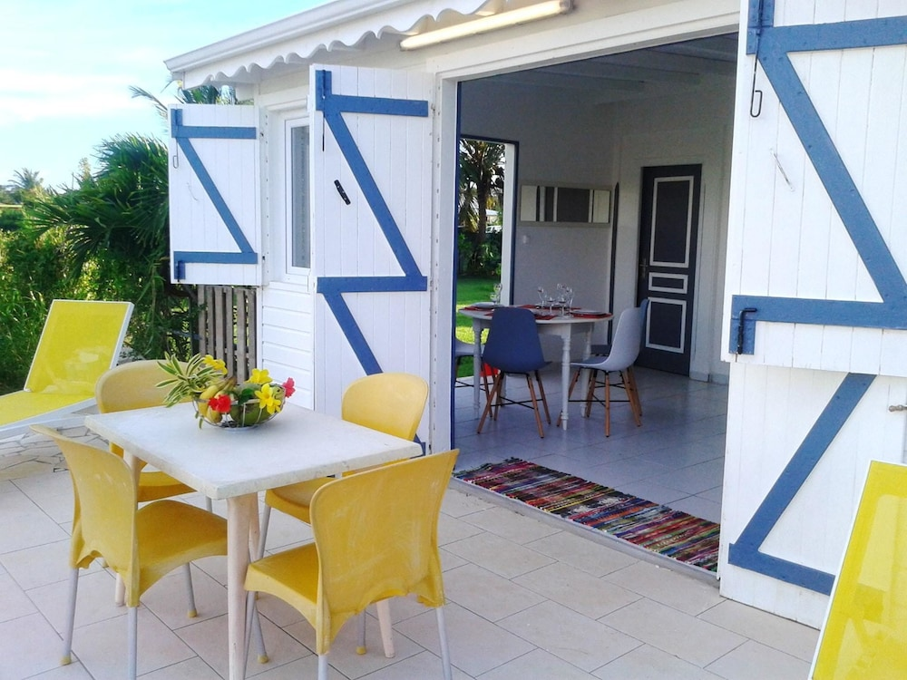 House With 2 Bedrooms in Saint-françois, With Enclosed Garden and Wifi