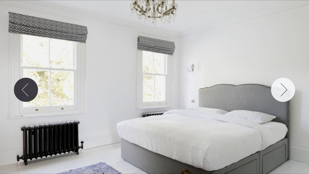 4 Bedroom Town House in Shepherds Bush