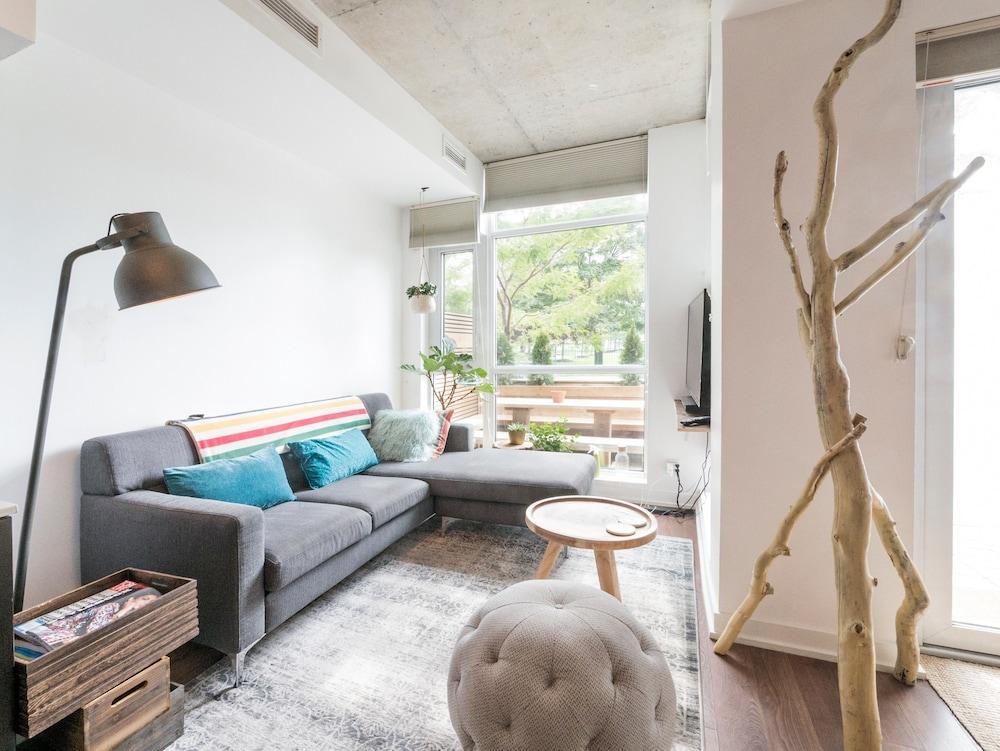 Dufferin Grove 1 Bedroom Loft-style Condo