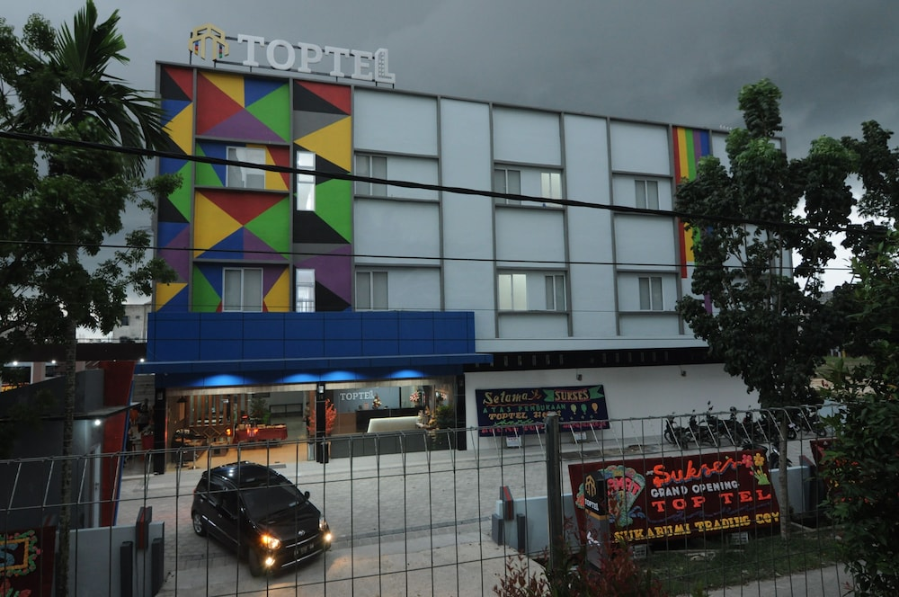 Toptel Hotel