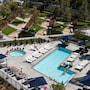 Perfect for Venice & MDR w/ 6 Beds +pool/spa/gym photo 38/41