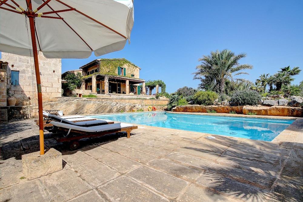 Quality Villa Es Trenc