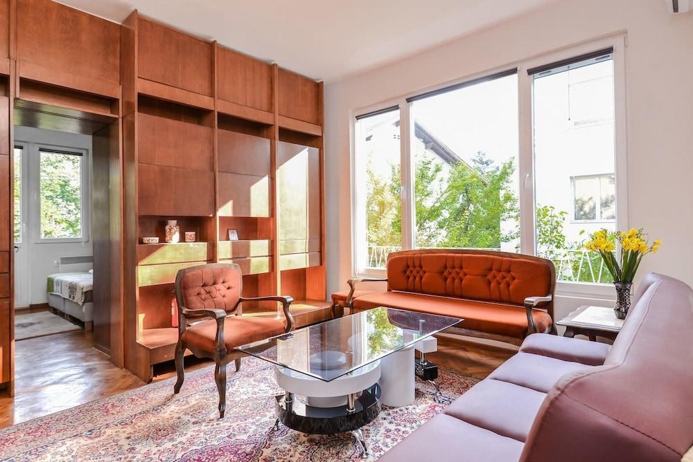 Orfei - Two Bedroom Lozenec Area Apartment