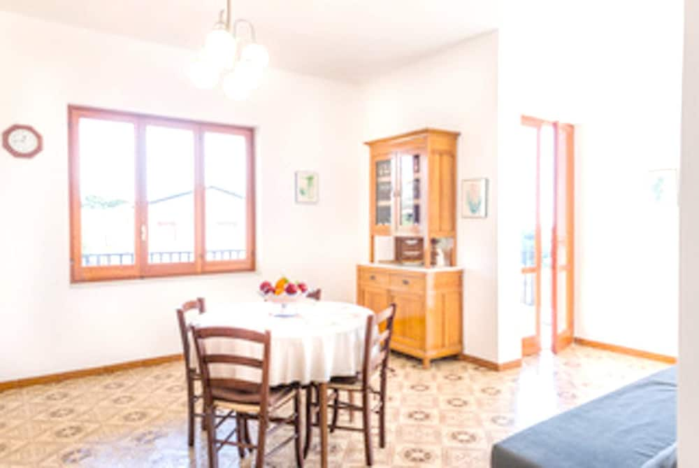 Apartment With 3 Bedrooms in Sampieri, With Wonderful sea View, Furnis
