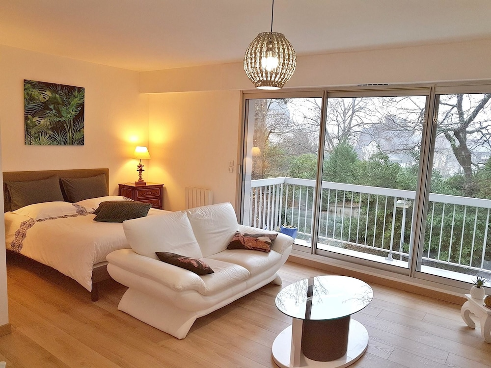Studio in Vannes, With Furnished Balcony and Wifi - 2 km From the Beac
