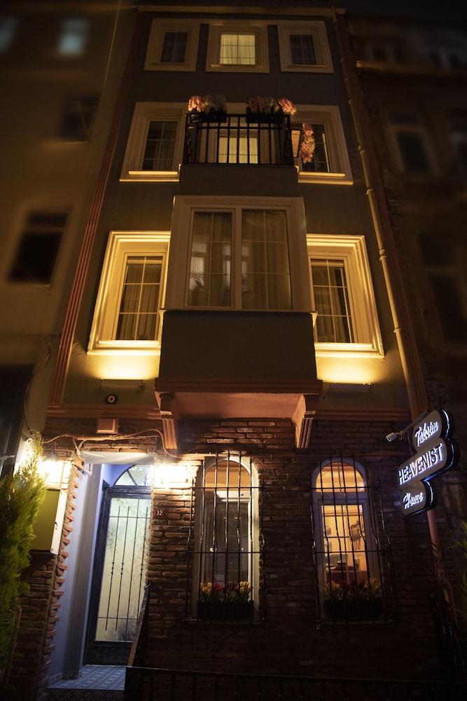 Taksim Heavenist Hotel