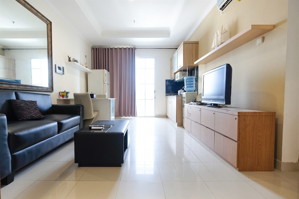 Spacious 2BR Bellezza Apartment