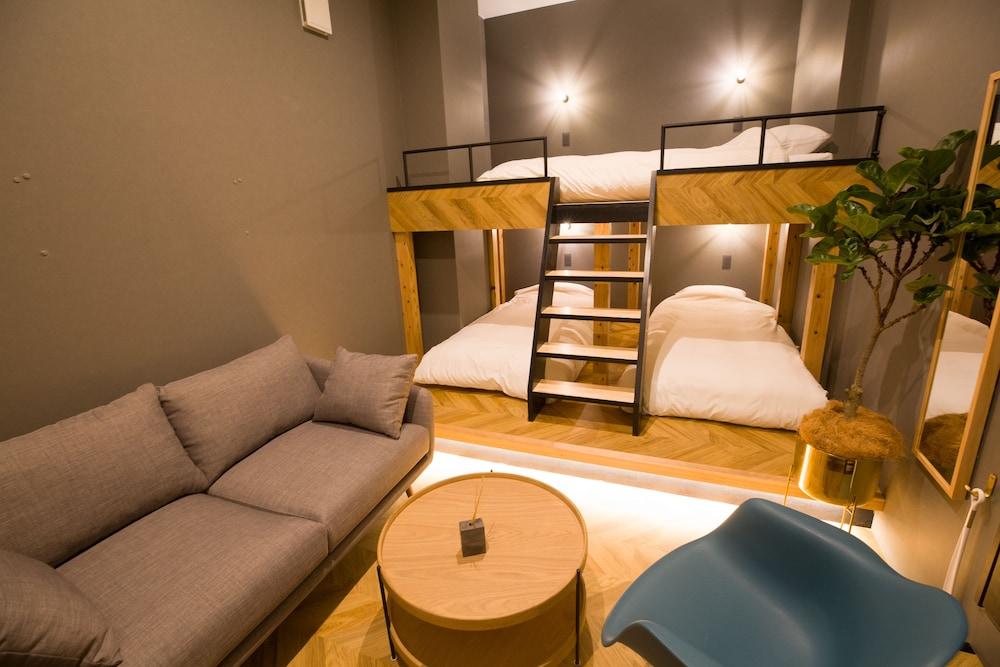 mizuka Nakasu 2 - unmanned hotel