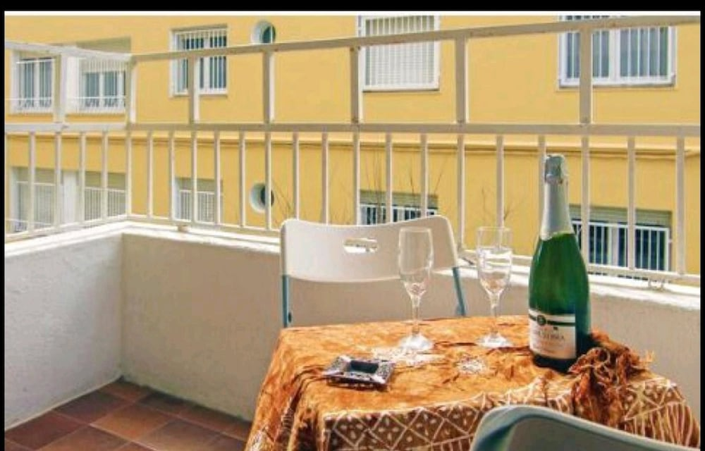 Apartment With 2 Bedrooms in Calella, With Wonderful City View, Balcon