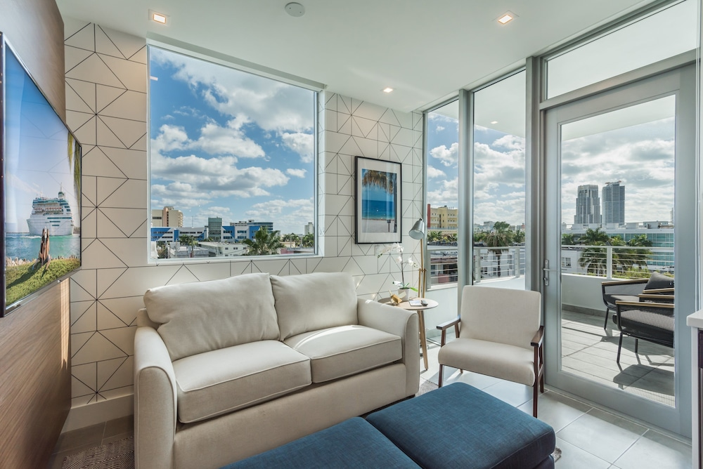 VHC Luxury Apartments 538-201a