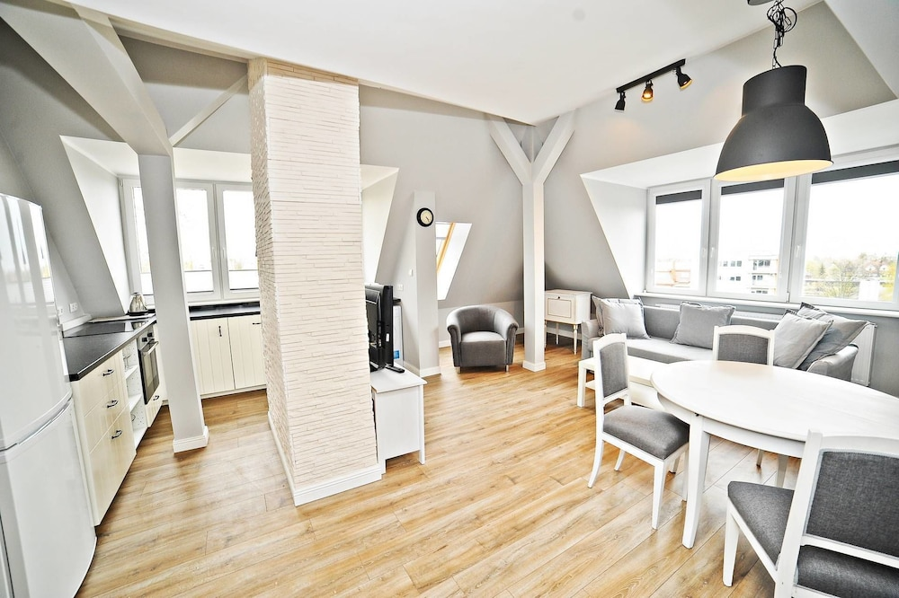 Grand Apartments - Love Loft