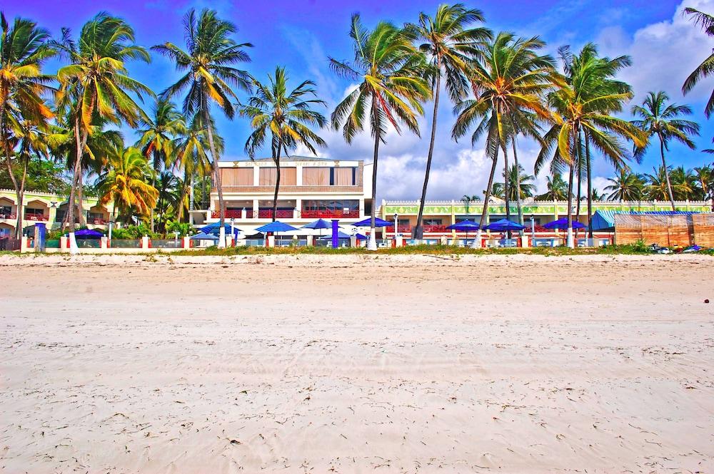 Sai Rock Hotel & Beach Resorts