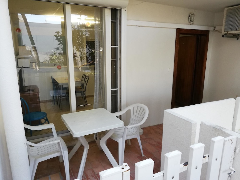 Studio in La Grande-motte, With Furnished Terrace