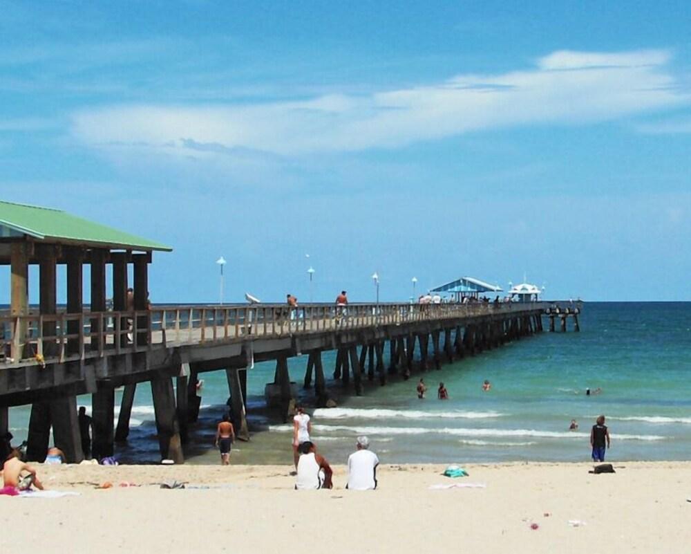 Casa Bougainvilla Walk TO Beach AND Local Shopping