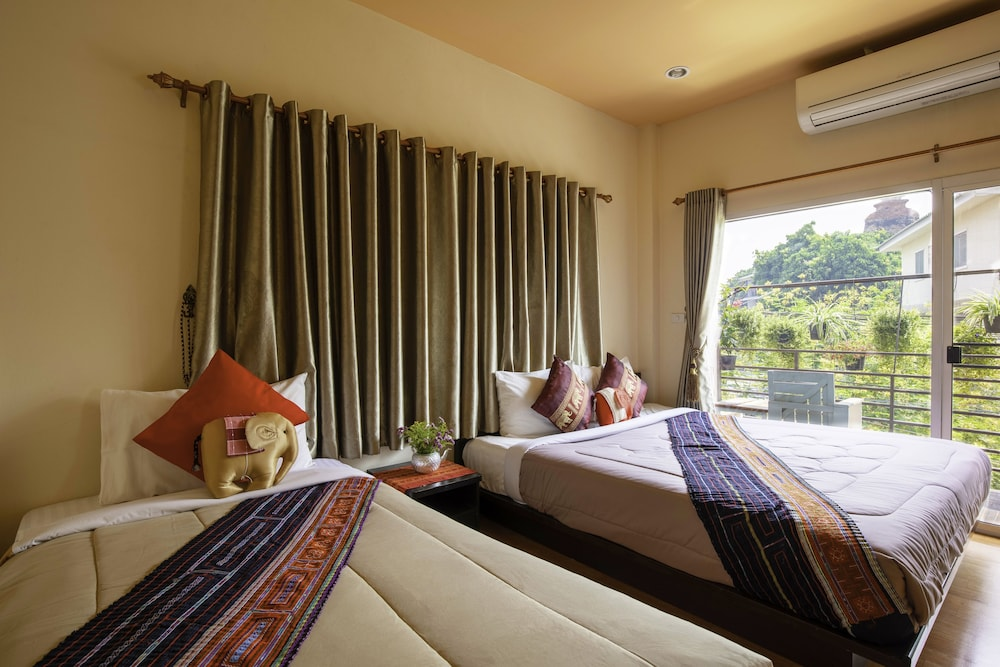 Picture of: Cat House Chiang Mai 7 6 Price Address Reviews
