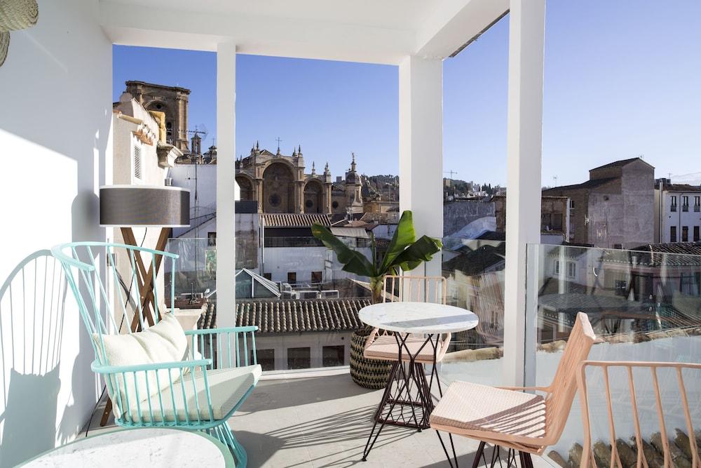 For You Granada Apartments
