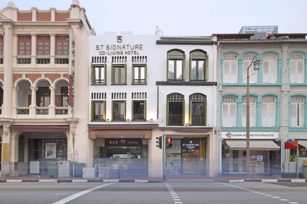 ST Signature Chinatown