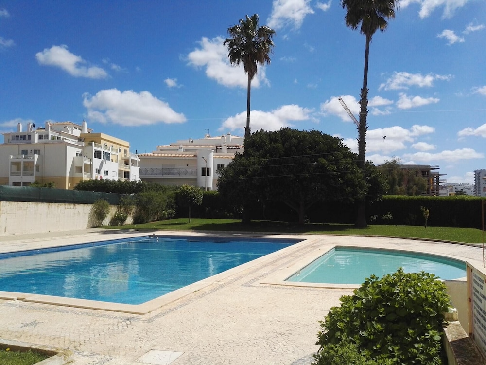 Apartment With one Bedroom in Portimão, With Wonderful sea View, Pool