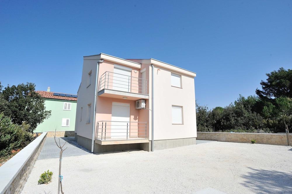 Villa Cirjak