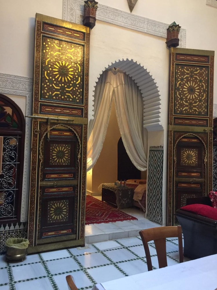 Property With 5 Bedrooms in Meknès, With Wonderful Mountain View and F