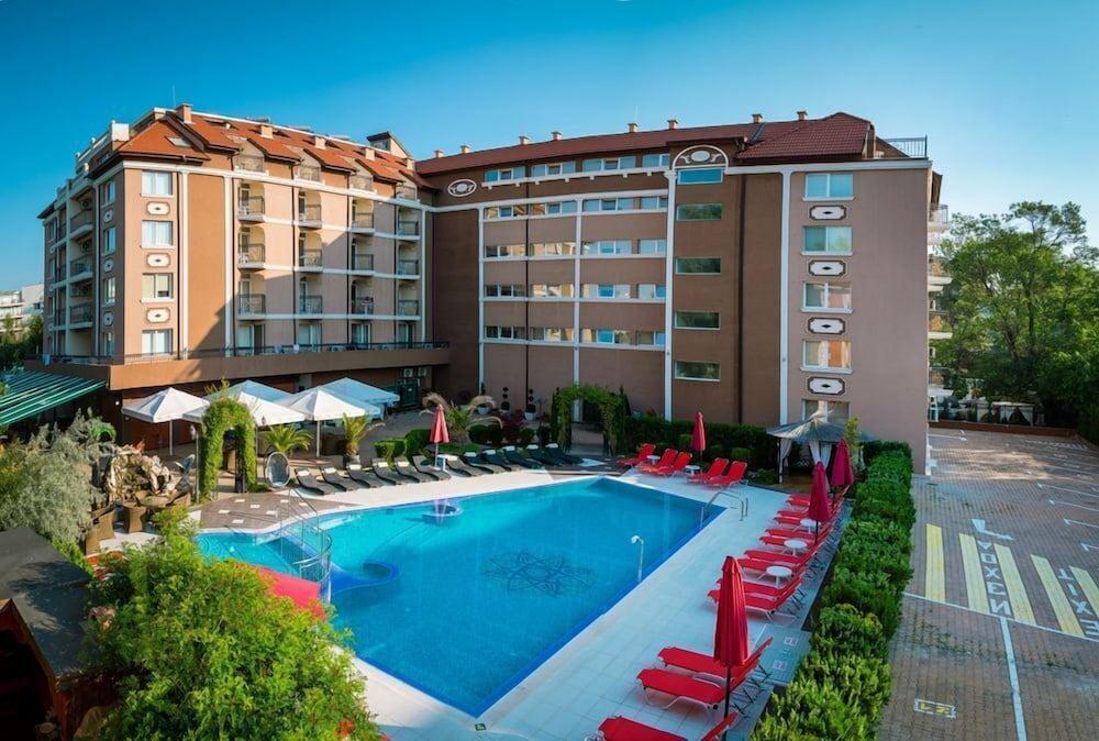 Hotel Bahami