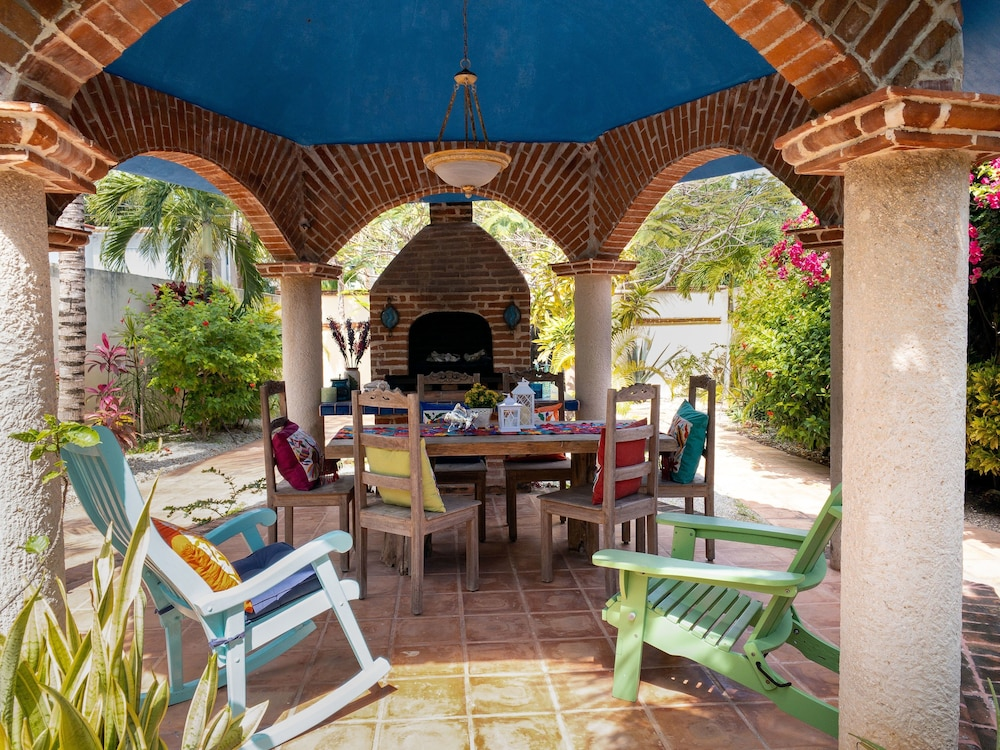 Real Cancún for 4-5 Guests, Amazing Location