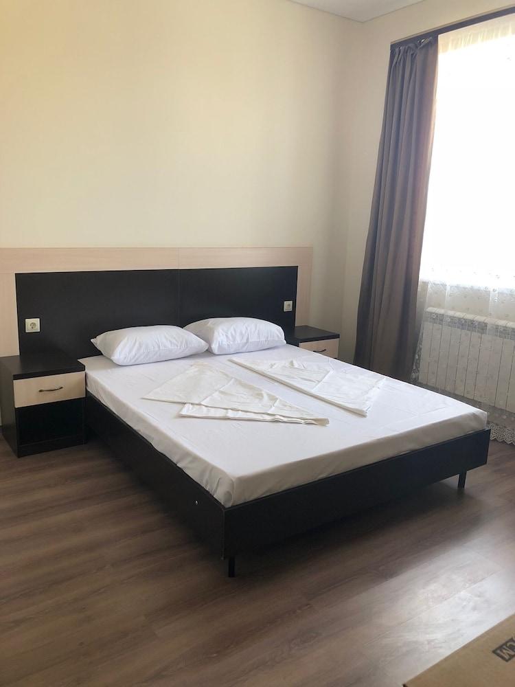 Edem-G Guest House