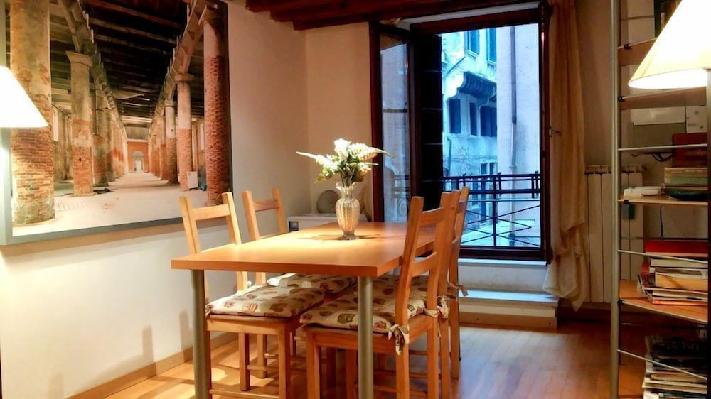Grimaldi Apartments - Colombina