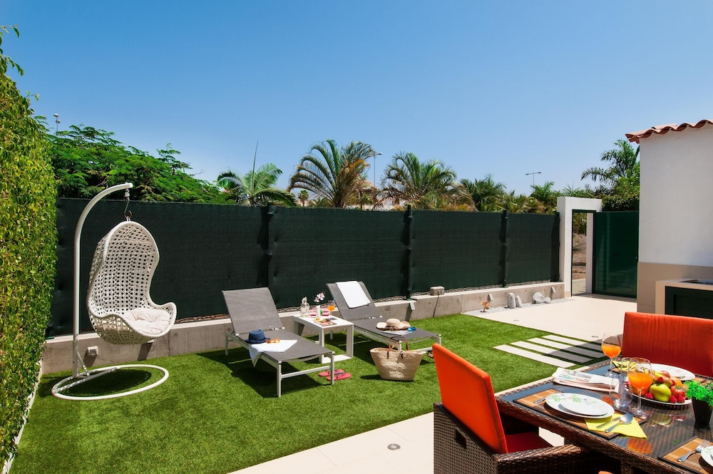 Bungalow With Terrace in Maspalomas Ds50