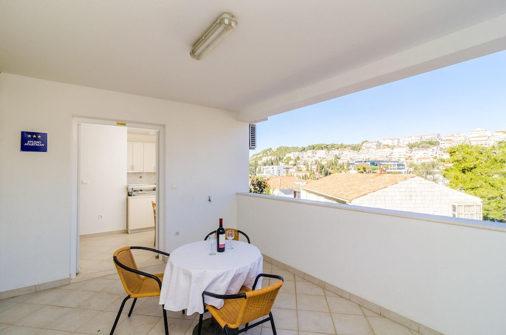 Apartment With one Bedroom in Dubrovnik, With Wonderful sea View, Furn