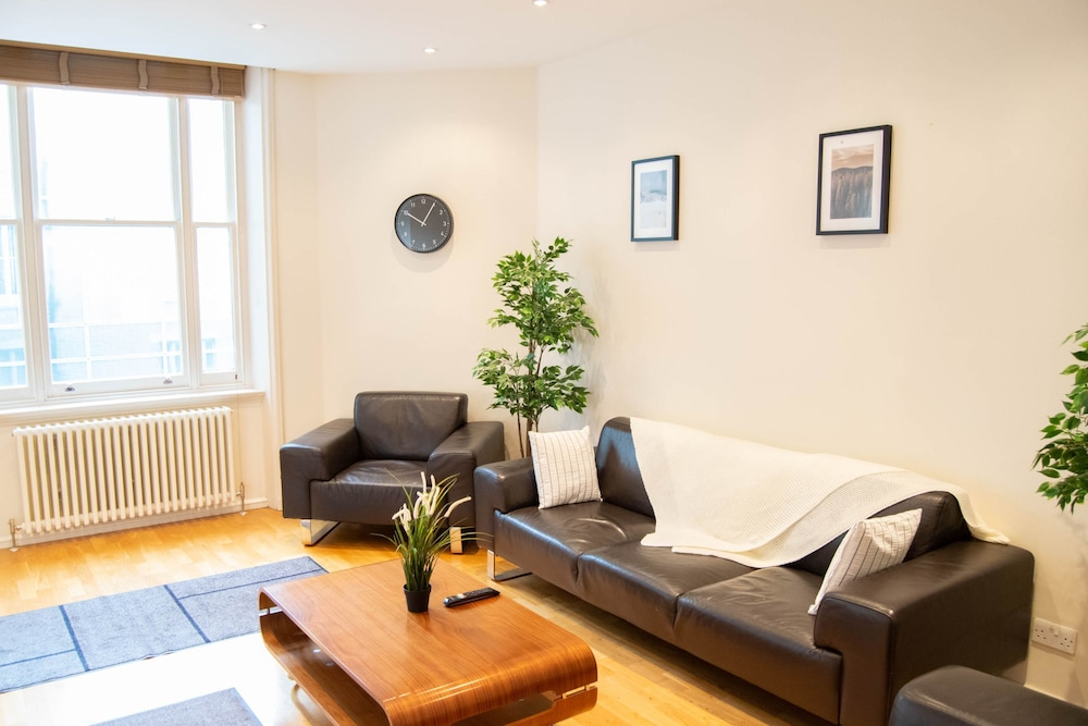 Luxury 1 Bedroom in the West End London